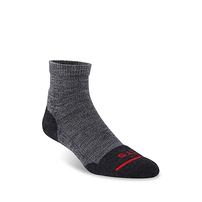 d80ec9e5530 Amazon.com  FITS Light Performance Trail – Quarter Socks  Hiking Socks for  Running-Outdoor  Clothing