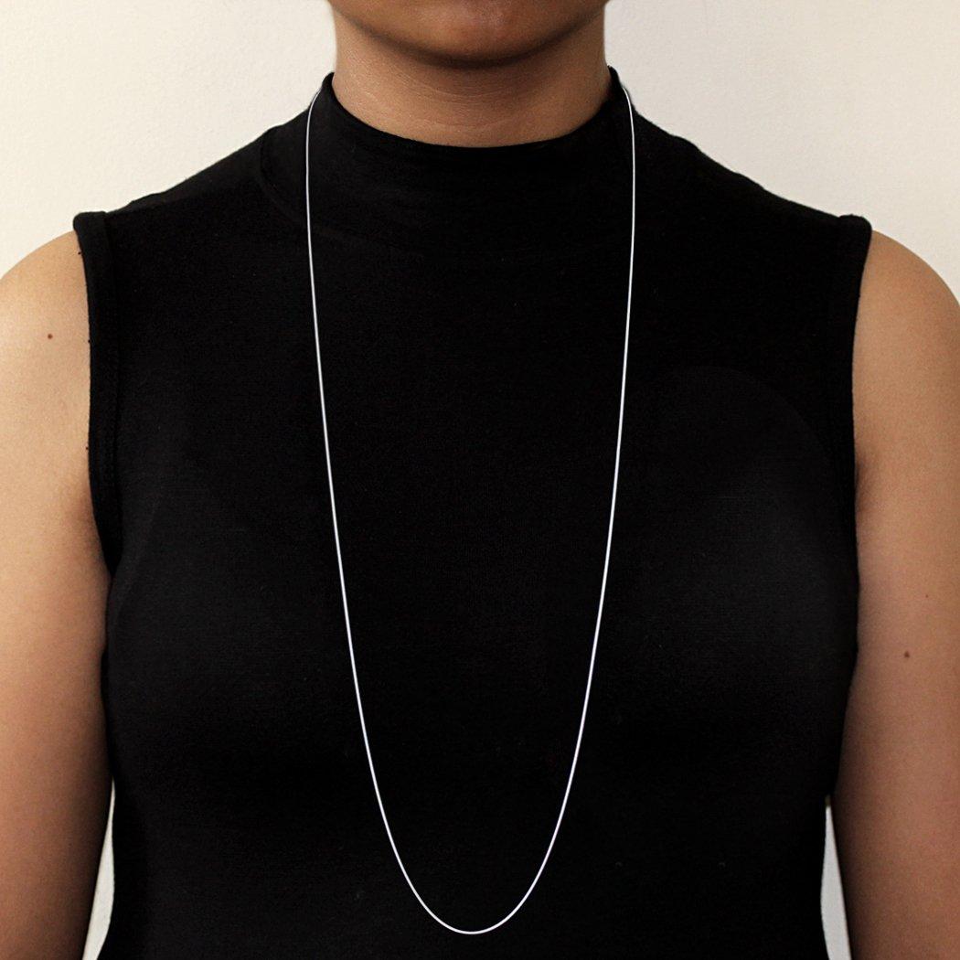 fa5586b8b8f0 Schöne Halskette aus Edelstahl mit Plättchen in Silber oder Rosegold für  Damen mit verstellbarer Länge