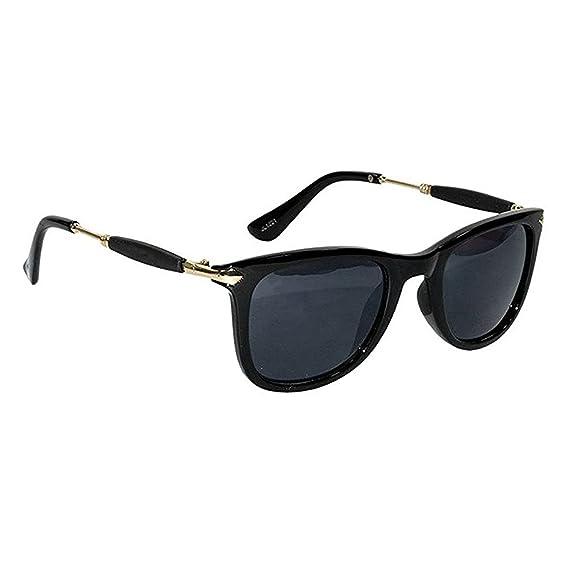 a26ff8c77d Dervin Black Golden Frame Black Lens Wayfarer Sunglasses for Men   Women   Amazon.in  Clothing   Accessories