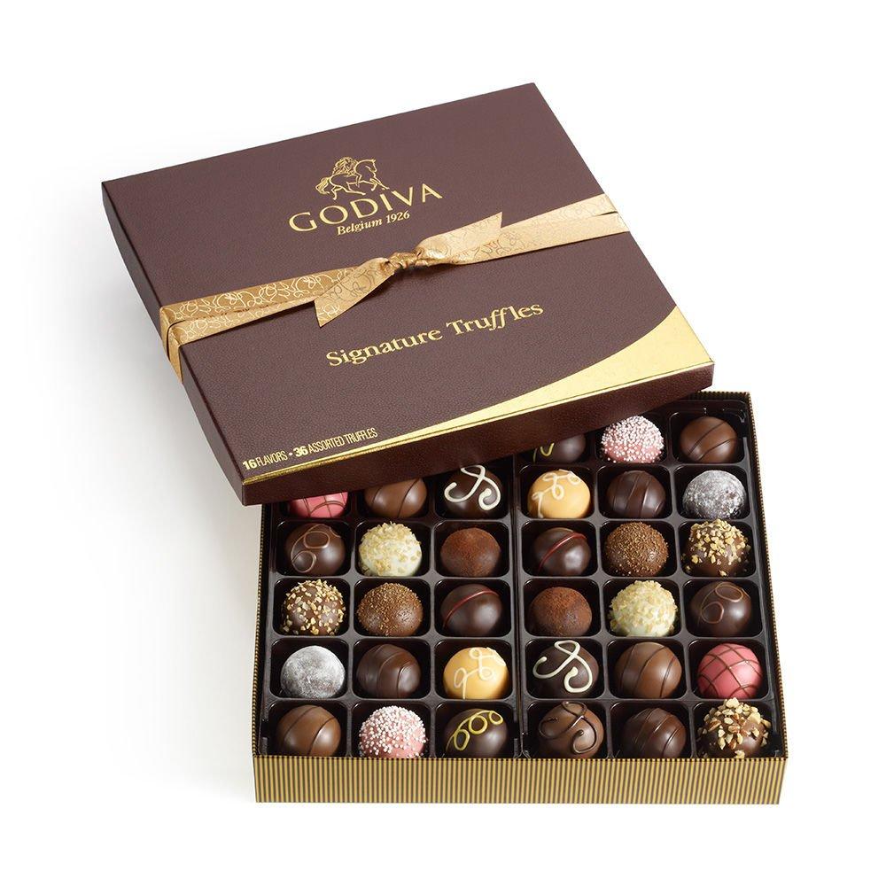 Amazon.com : Godiva Chocolatier Signature Chocolate Truffles Gift ...