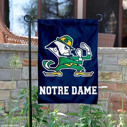 Superbe Notre Dame Fighting Irish Garden Flag And Yard Banner