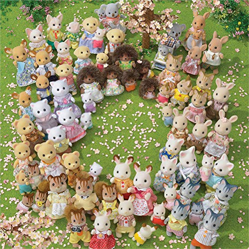 Calico Critters, Hopscotch Rabbit Family, Dolls, Doll House Figures, Collectible Toys