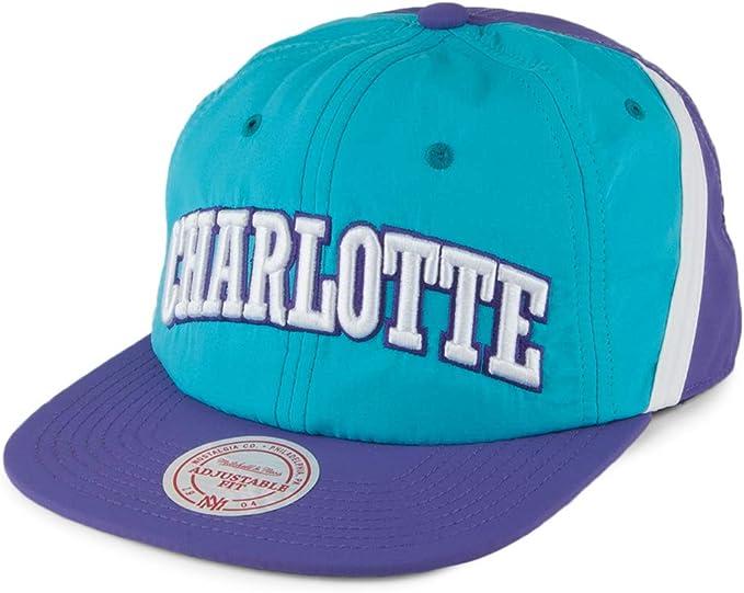 Mitchell & Ness Gorra Anorak Charlotte Hornets Verde Azulado ...