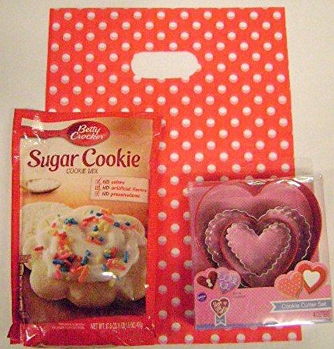 - Wilton Cookie Cutter Set, 4 Different Hearts, with Betty Crocker Sugar Cookie Baking Mix Set
