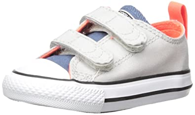Converse Chuck Taylor Kids All Star Velcro Low Top Sneakers