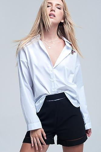Q2 Mujer Camisa blanca con detalle bordado