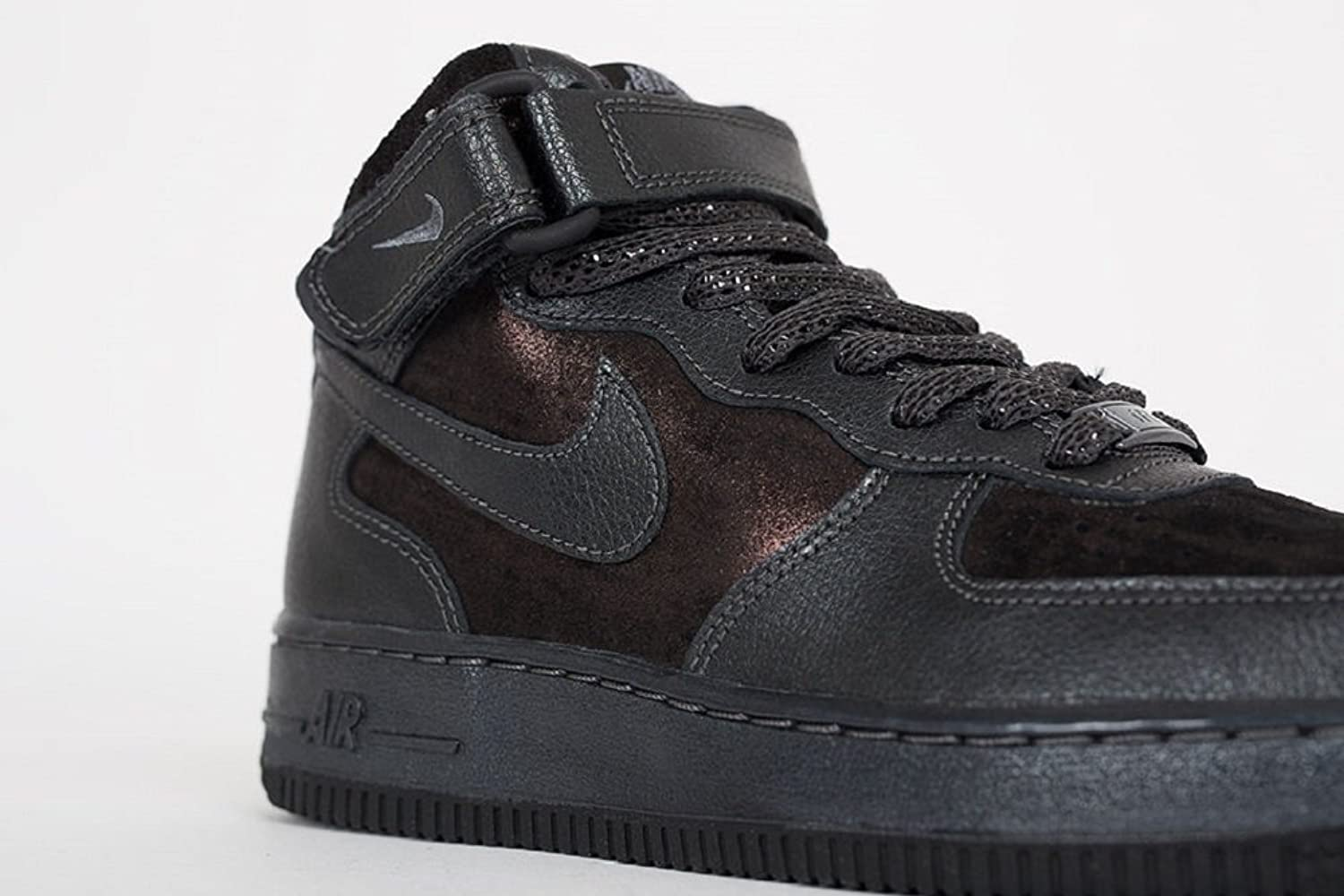 super popular a38a5 749ec Nike Air Force 1 07 Mid Prm Mens  Buy Online at Low Prices in India -  Amazon.in