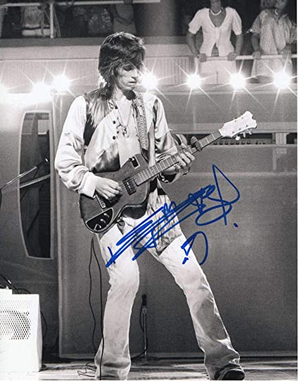 Keith Richards Signed Autographed 11x14 Photo The Rolling Stones Guitar Young 2 At Amazon S Entertainment Collectibles Store