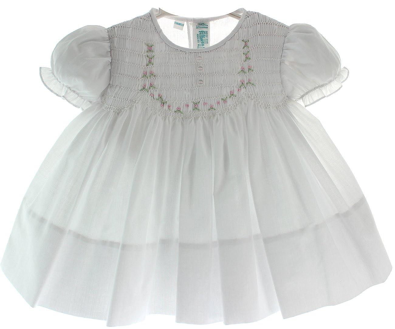 a11a4a9773d5 Amazon.com  Newborn Girls White Smocked Take Home Dress Feltman Brothers  (NB)  Clothing
