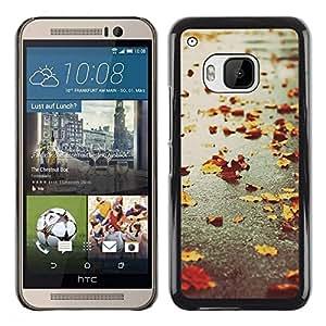 Be Good Phone Accessory // Dura Cáscara cubierta Protectora Caso Carcasa Funda de Protección para HTC One M9 // Autumn Seasons Rain Road Street Leafs