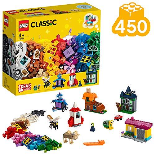 Además de una amplia selección de ventanas y puertas, incluye una vistosa mezcla de elementos LEGO, como ojos, ruedas, bisagras y ladrillos, para que los niños puedan crear juguetes LEGO clásicos. Contiene ladrillos y elementos LEGO de vistosos colores que fomentan el juego creativo sin límites. Este juguete de construcción ofrece 3 niveles de dificultad adaptados a los pequeños constructores LEGO.