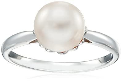 17886bf09 Amazon.com: 14k White Gold Akoya Cultured Pearl Ring (8-8.5mm) Size 7:  Jewelry
