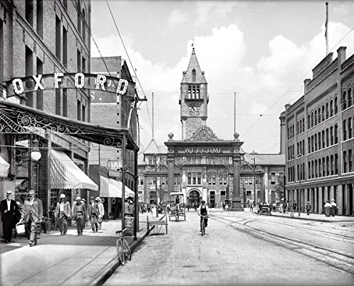 Denver Historic Black & White Photo, Looking Down Lower 17th Street to Union Station, c1906, 16x20in