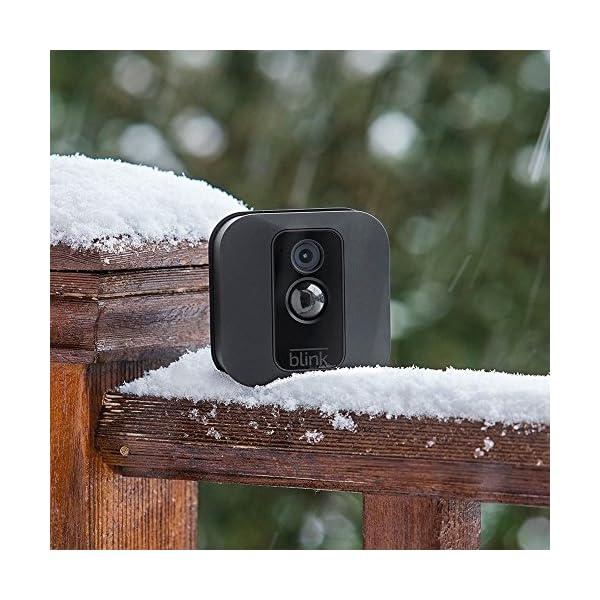 Sistema di telecamere per la sicurezza domestica Blink XT, per esterni, con rilevatore di movimento, video in HD… 3 spesavip