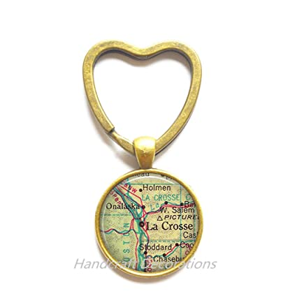Amazon Com Charming Heart Keychain La Crosse Wisconsin Map Heart