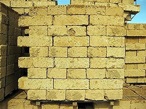 Giardino Mattoni Tufo : Geosism nature tufo antico blocchi cm n pezzi