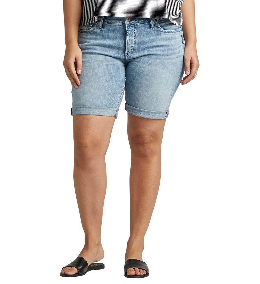 Silver Jeans Co. Women's Plus Size Suki Mid-Rise Curvy Bermuda Short, Vintage Light, 18W x 9L by Silver Jeans Co.