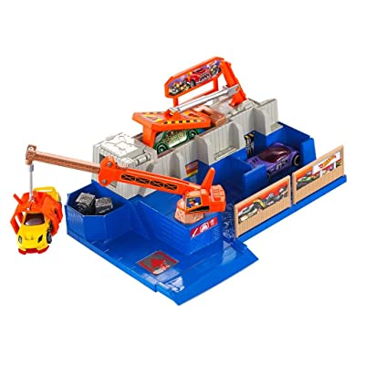 Hot Wheels City Car Crusher w/ 5 Cars Included: Toys & Games