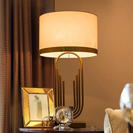 Lampade Da Tavolo Moderne Lampada Da Tavolo Oro Bianco Arte Illuminazione In Ferro Battuto Lampada Da Tavolo Decorativa Di Alta Qualita Xumingtd Amazon It Illuminazione