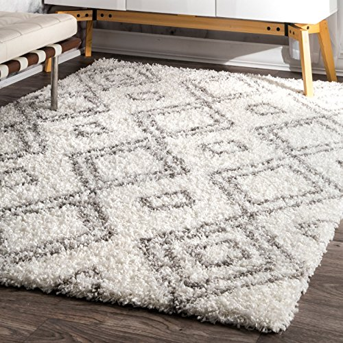 nuLOOM 9' 2'' x 12'Cozy Soft and Plush Moroccan Trellis Iola Easy Shag Indoor Area Rug, White by nuLOOM
