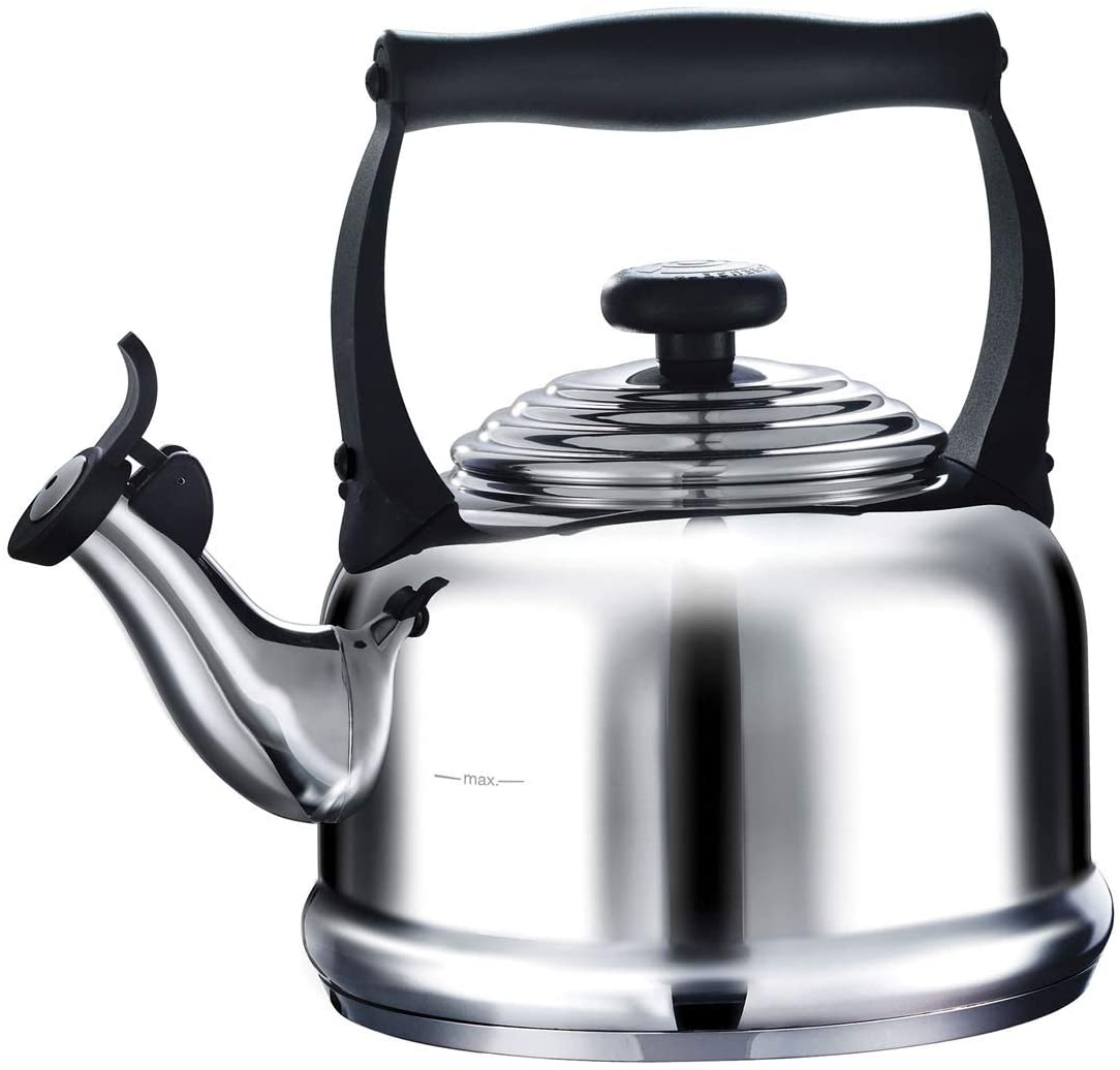 Le Creuset Traditional Stove Top Kettle with Whistle, Suitable for All Hob Types Including Induction and Cast Iron, Stainless Steel, Capacity: 2.1 L,
