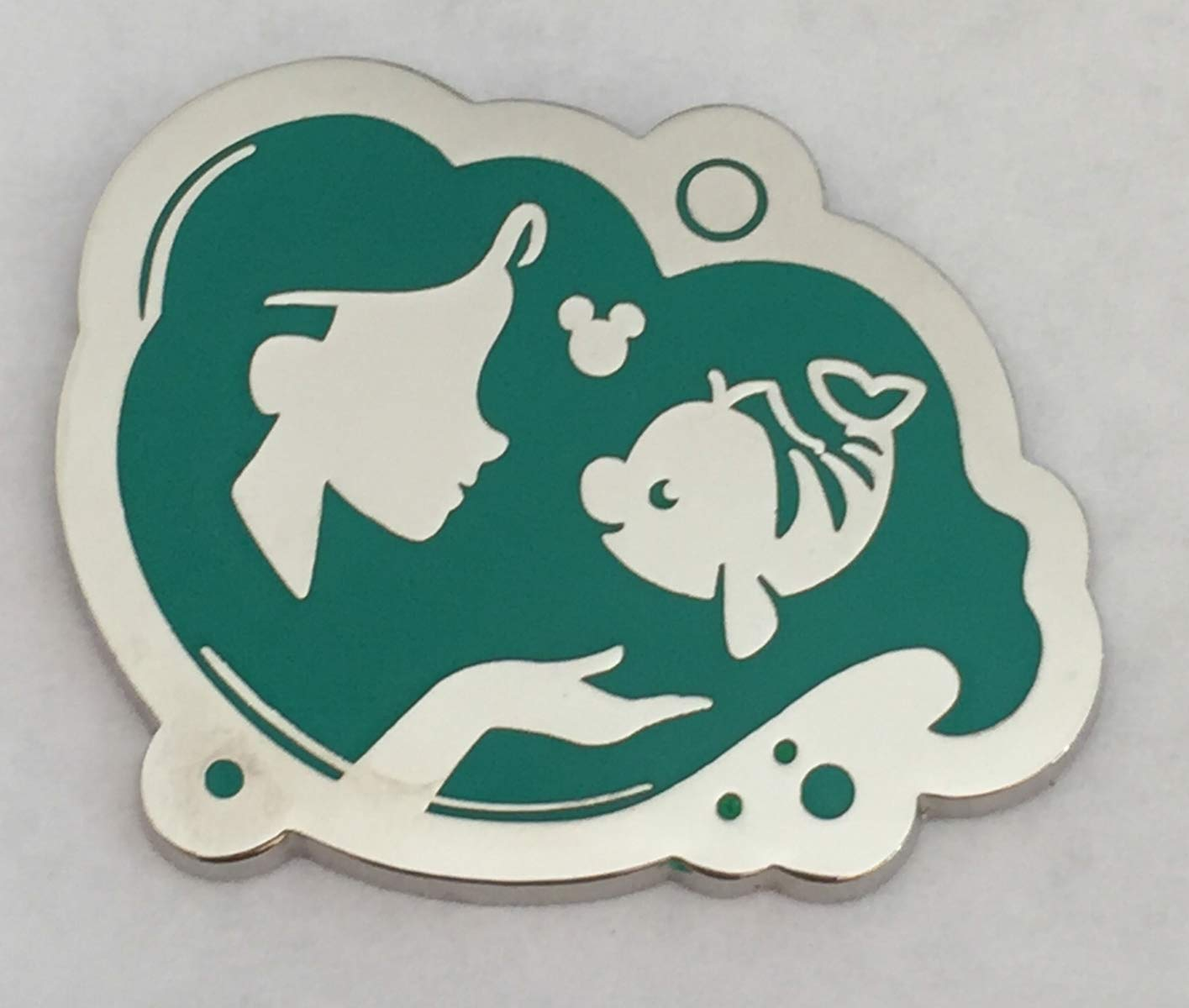 Disney Pin DLR 2018 Hidden Mickey Ariel Princess Little Mermaid Silhouettee Disney Pin