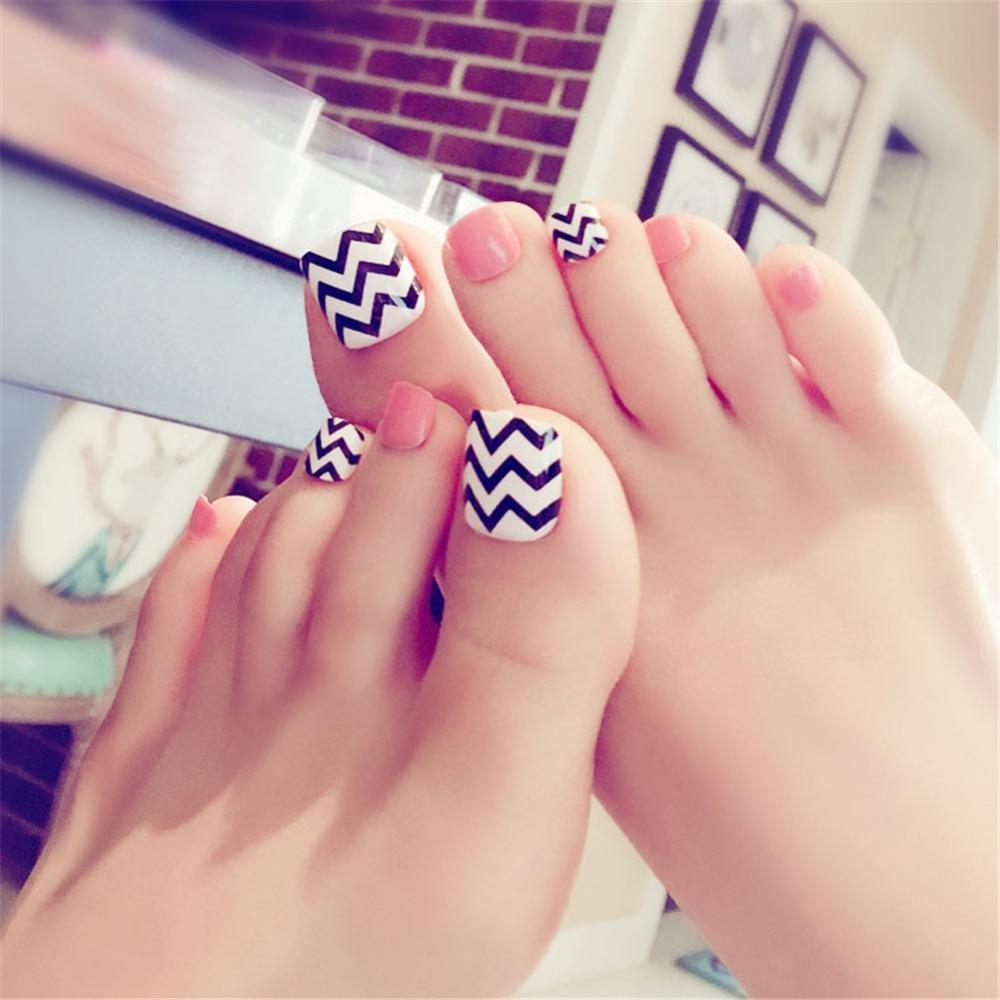 Arte de uñas y pegamento patrón de onda artificial uñas falsas longitud perfecta color puro cubierta completa belleza arte decoración pedicura para mujeres ...