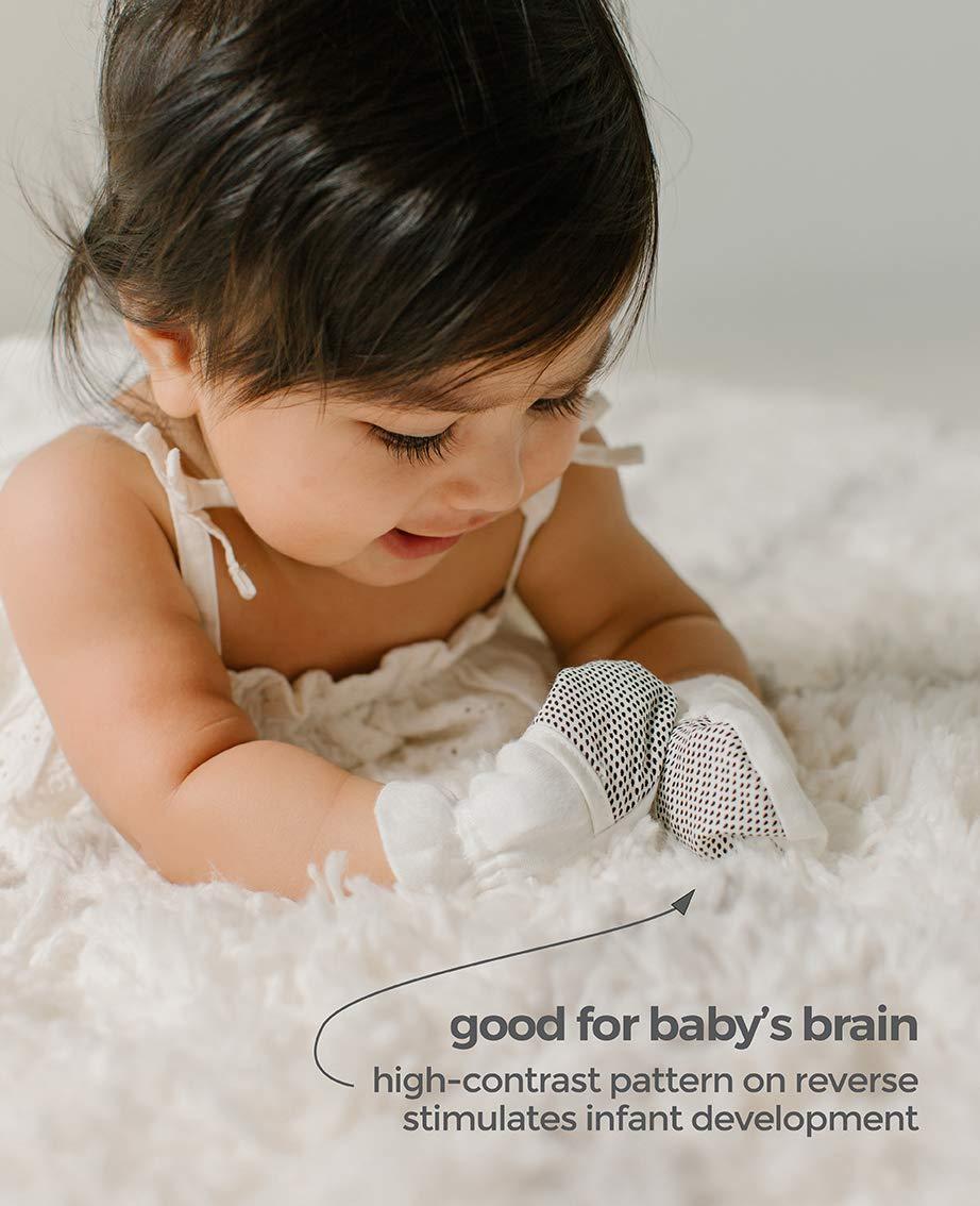 Baby Booties & Mittens Bundle, Adjustable Soft & Secure (0-3 Months, Giraffe)