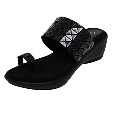 a0e63ae47 Catwalk Black Slip-on Sandals  Buy Online at Low Prices in India - Amazon.in