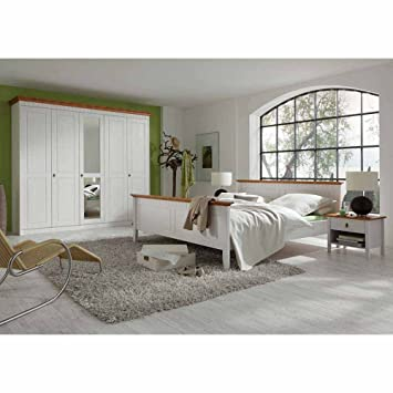 Pharao24 Landhaus Schlafzimmer in Weiß Bernsteinfarben Pinie ...