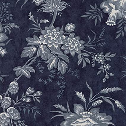 Amazon Moda 3 Sisters Snowberry Midnight 108 Wide Quilt