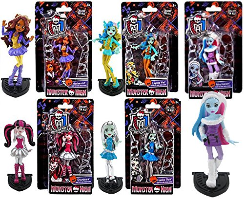 Monster High Scary Cute Howl-Oween Complete Mini Figures 5-Pack / Abbey Bominable / Draculaura / Frankie Stein / Clawdeen Wolf / Lagoona Blue Collection Girl (Dalmatian Dressed For Halloween)