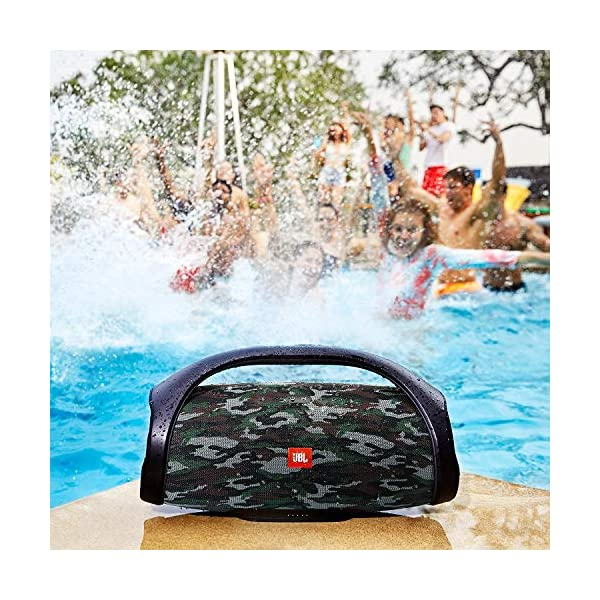 JBL Boombox - enceinte Bluetooth Portable - Son Ultra Puissant - Modes de Son Intérieur & Extérieur - Autonomie 24 Hrs - Étanche pour Piscine & Plage - Camouflage 4