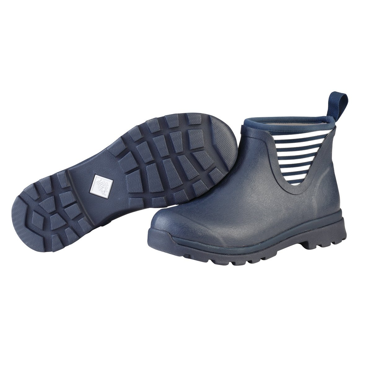 Muck Boot Women's Cambridge Ankle Snow B01NBUPYG6 5 B(M) US|Navy/White Stripes