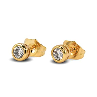 f42abf99dca30 Blue Diamond Club - Small Simulated White Diamond 5mm 18ct Gold Filled  Bezel Stud Earrings Mens Womens 18K G/F