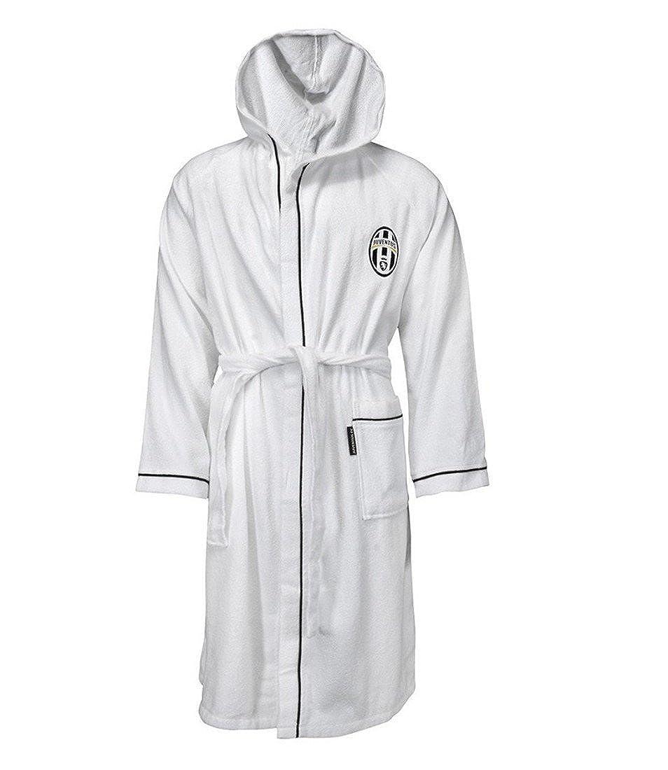 34c8ca8179 Juventus Bathrobe With Hood Juventus Football PS 02368 Sea Swimming Pool (6  Yo)  Amazon.co.uk  Clothing