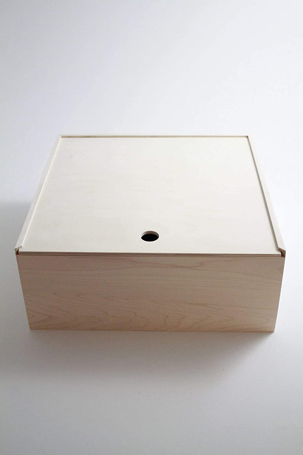 Pie Box Wooden Box Pie Style Sliding Lid Housewarming Gift Pie Cake Carrier. 13x 13x 6. All Maple and Unfinished.