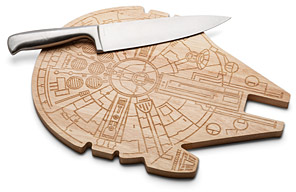 Star Wars Millennium Falcon Wooden Cutting Board | ThinkGeek