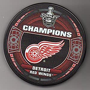 Detroit Red Wings 2008 Stanley Cup Champions Official NHL Puck + FREE Puck Cube