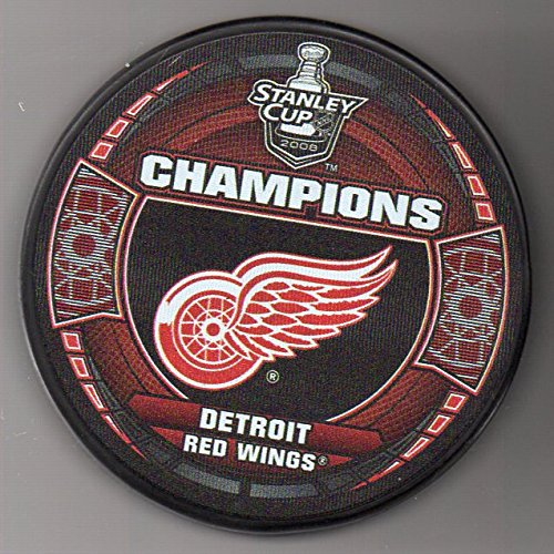 - Detroit Red Wings 2008 Stanley Cup Champions Official NHL Puck + FREE Puck Cube