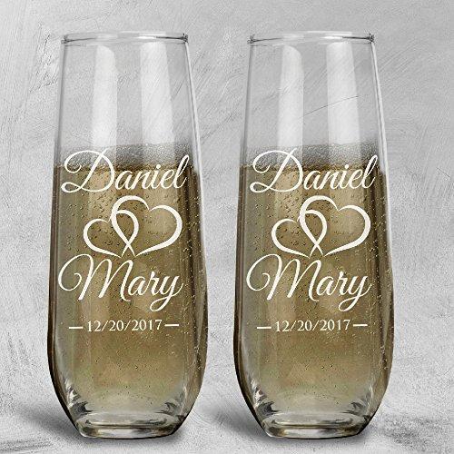 P Lab Set of 2, Bride Groom Names & Date Hearts, Personalized Wedding Toast Stemless Champagne Flute Set, Wedding Toasting Glasses - Etched Flutes for Bride & Groom Customized Wedding - Toasting Personalized Flutes Design