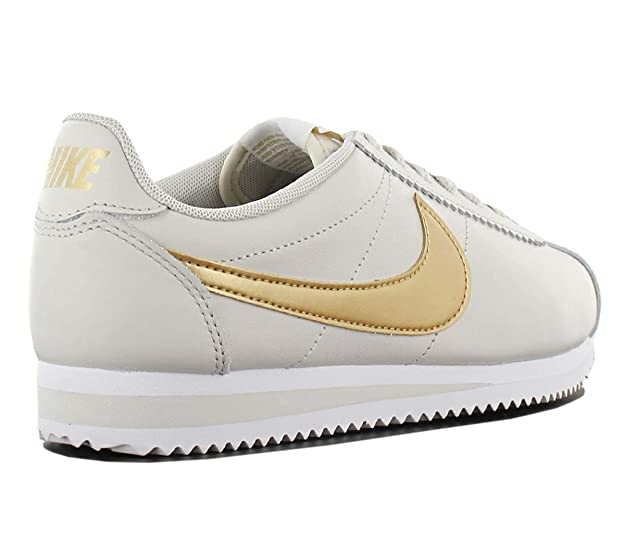 innovative design c0a53 dd68a Nike NIKE807471-011 - Womens Air Max Captivate Femme, Femme, Light  BoneMetallic Gold-White, 9 B(M) US Amazon.fr Sports et Loisirs