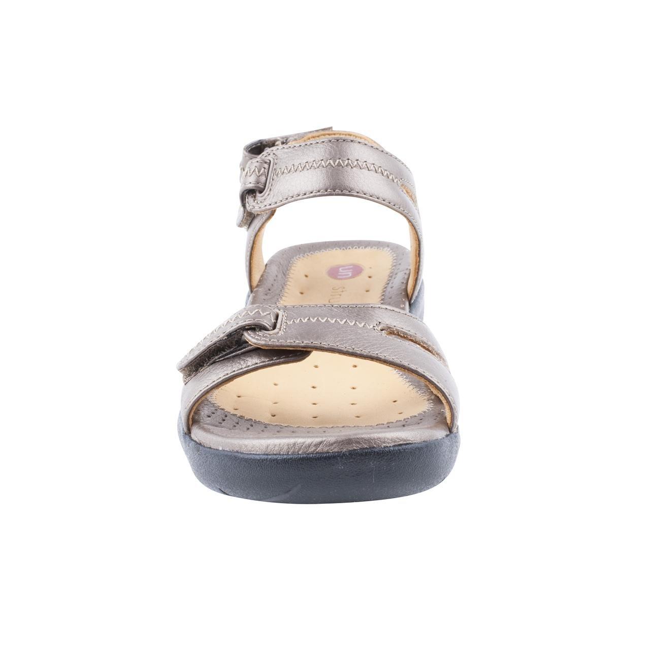 bdf579ebd75c Ladies Clarks un Galleon Bronze Flat Sandals Size 9  Amazon.co.uk  Shoes    Bags