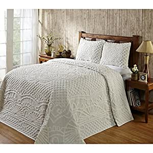Amazon Com 3 Piece Oversized Chenille King Bedspread Set