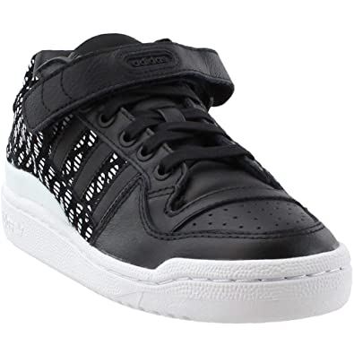 huge selection of 08cd8 d2bc9 Amazon.com  adidas Womens Forum Low Athletic  Sneakers  Shoe