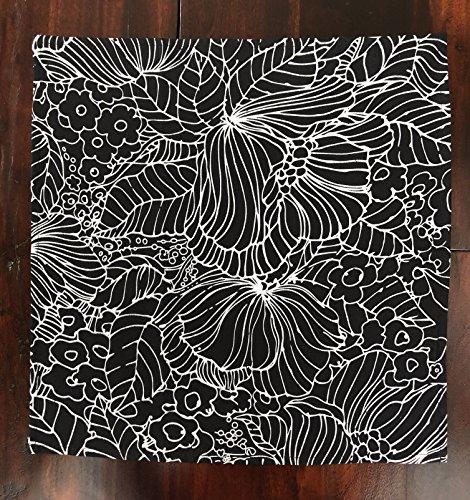 Cotton cloth dinner napkin.