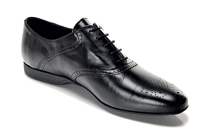 c3e13696520b0 Amazon.com: Versace Collection Men's Lace Up Perforated Oxfords ...