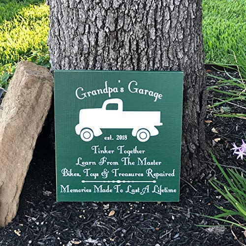 bawansign Wood Plaque Decor Personalized Grandpas Garage Custom Christmas for Grandpa Gift from Grandkids Garage Workshop Custom Dad Gift Hand Painted Wall Hanging Wooden Sign ()