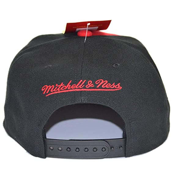 Gorras Chicago Bulls Short Split Black/Red Snapback - Mitchell & Ness: Amazon.es: Ropa y accesorios