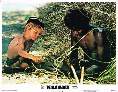 walkabout-original-lobby-card-luc-roeg-david-gulpilil-make-fire-in-desert